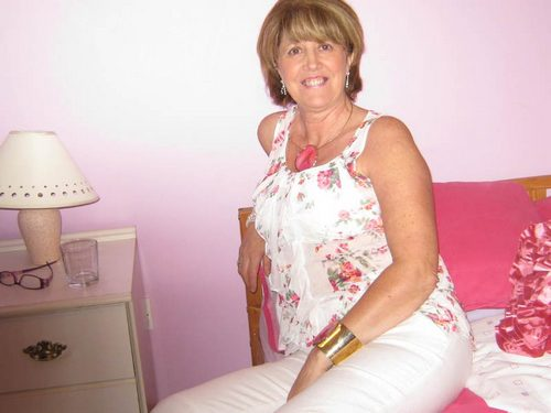 Older women seeking young men to whatch have fun